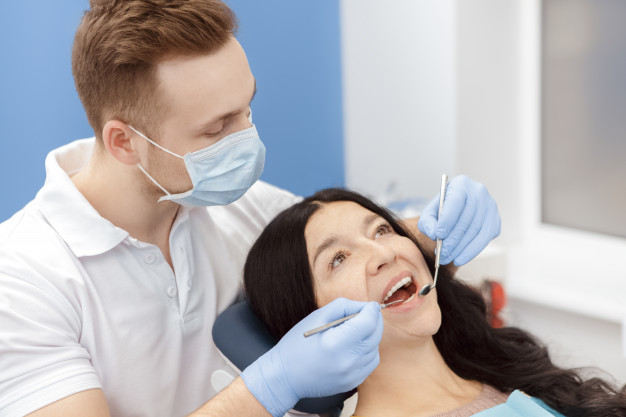A Patient's Guide to The Aftercare of Dental Implants – Everything You Need to Know